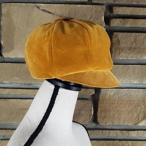 🥀Vintage FINLEY NY Gold Velvet Cabbie Newsboy Hat